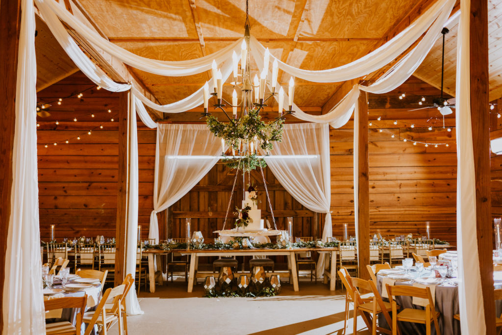 White Barn Wedding, Perfect Palette Wedding, The Perfect Palette, Perfect Palette Tatum Acres Wedding, The Barn at Tatum Acres, North Georgia Wedding, Atlanta Wedding Venues